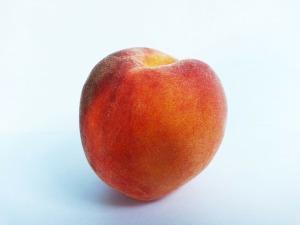 peach-219845_1280