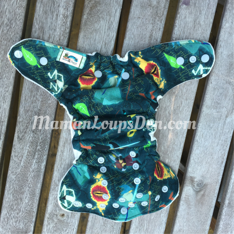 Mouse & Hatter Newborn Fitted Review ~ Maman Loup's Den - 1
