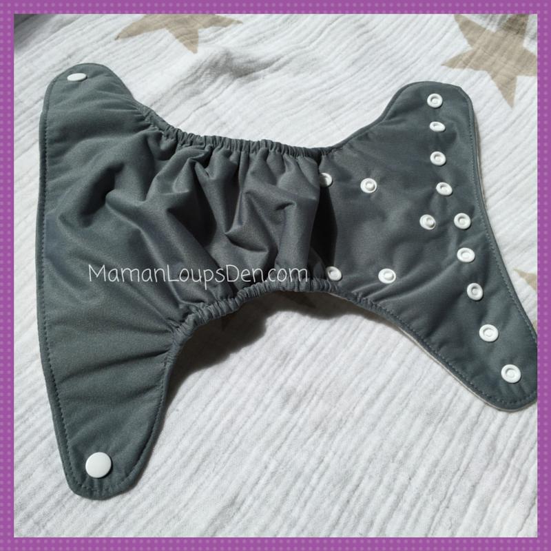 Cheeky Cloth Diaper Co. Newborn AIO Review ~ Maman Loup's Den