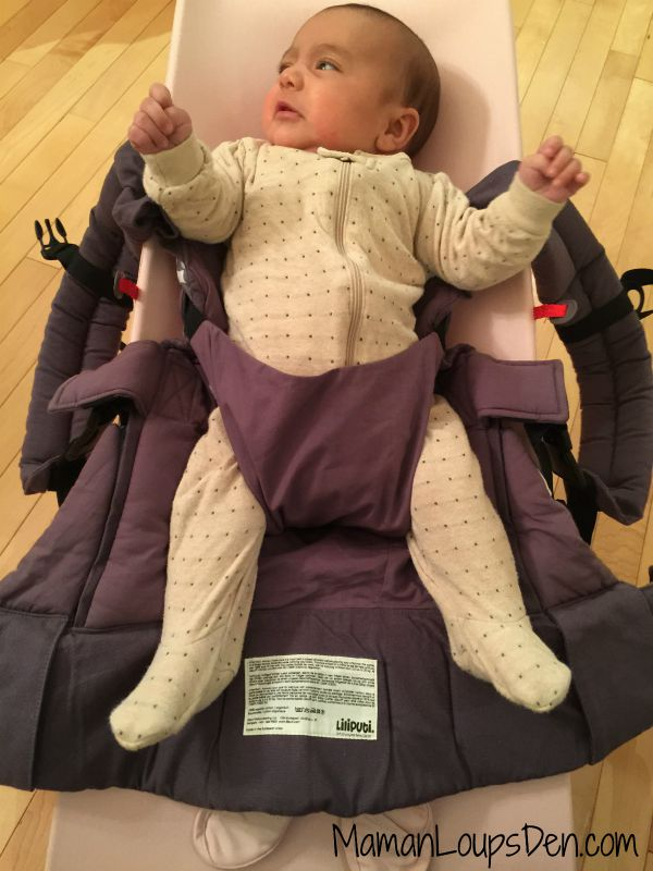 Liliputi Baby Carrier Review ~ Maman Loup's Den ~ Infant insert positioning