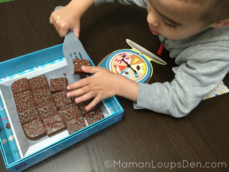 Cub uses the spatula in Brownie Match Game